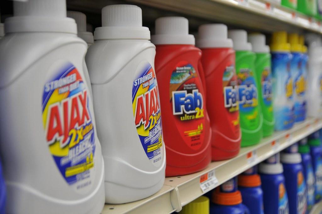 produits ménagers fait maison produit d'entretien écologiques